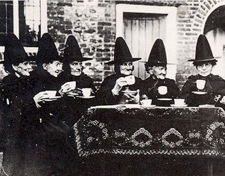 historic witches' tea (1) (1) (1)